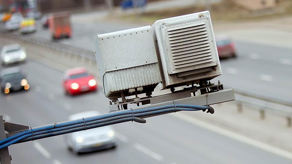 Инспекторы в Москве используют служебные нетбуки как ручной радар