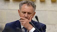 Сенаторы не хотят сдавать посты