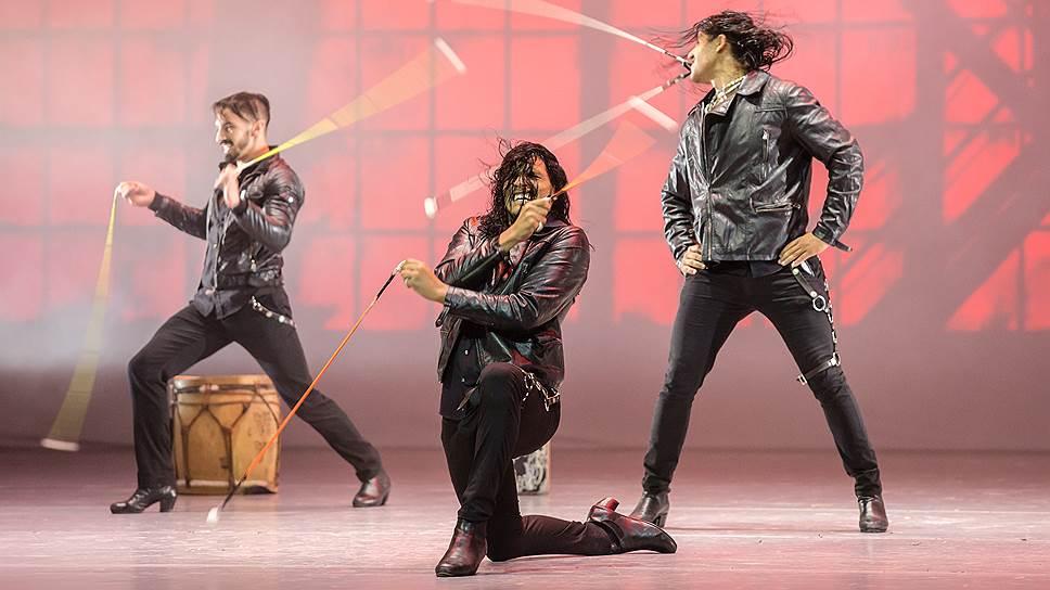 Неистовые аргентинцы пускают в танец все: ноги, руки и даже зубы