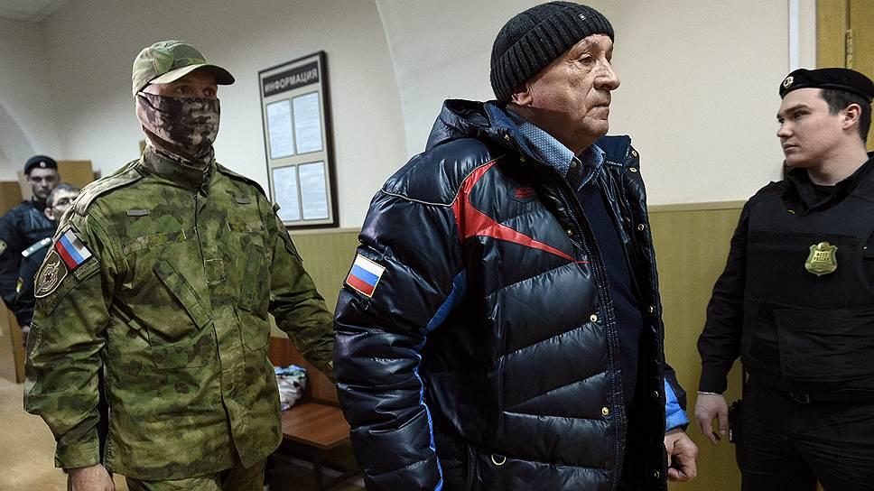 Почему Александра Соловьева оставили в СИЗО