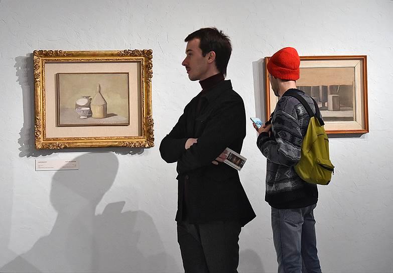 Заурядные бытовые предметы в натюрмортах Моранди превращаются в манящие объекты для созерцания