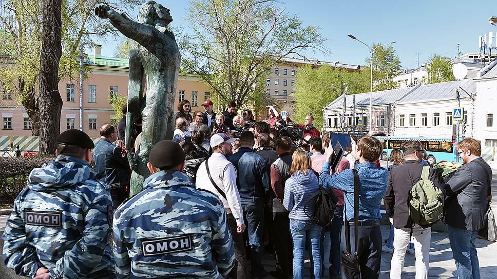 Жители Москвы одновременно требуют отменить и расширить программу реновации
