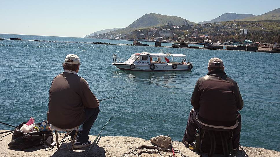 Почему власти Крыма хотят проверить документы у пляжей и парков