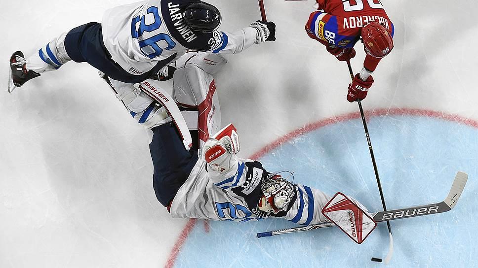 Последнюю, пятую шайбу в ворота финнов забросил форвард сборной России Никита Кучеров