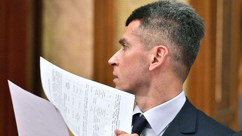 Владелец «Суммы» Зиявудин Магомедов, изначально собиравшийся полностью консолидировать ОЗК, может наконец закрыть сделку при помощи РФПИ