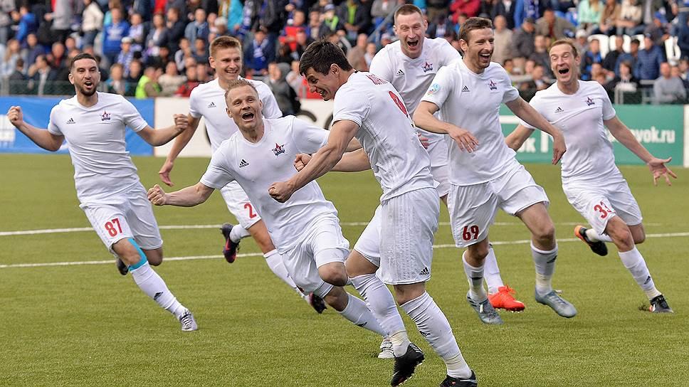 «СКА-Хабаровск» одержал историческую победу над «Оренбургом» в стыковых матчах и в следующем сезоне дебютирует в премьер-лиге