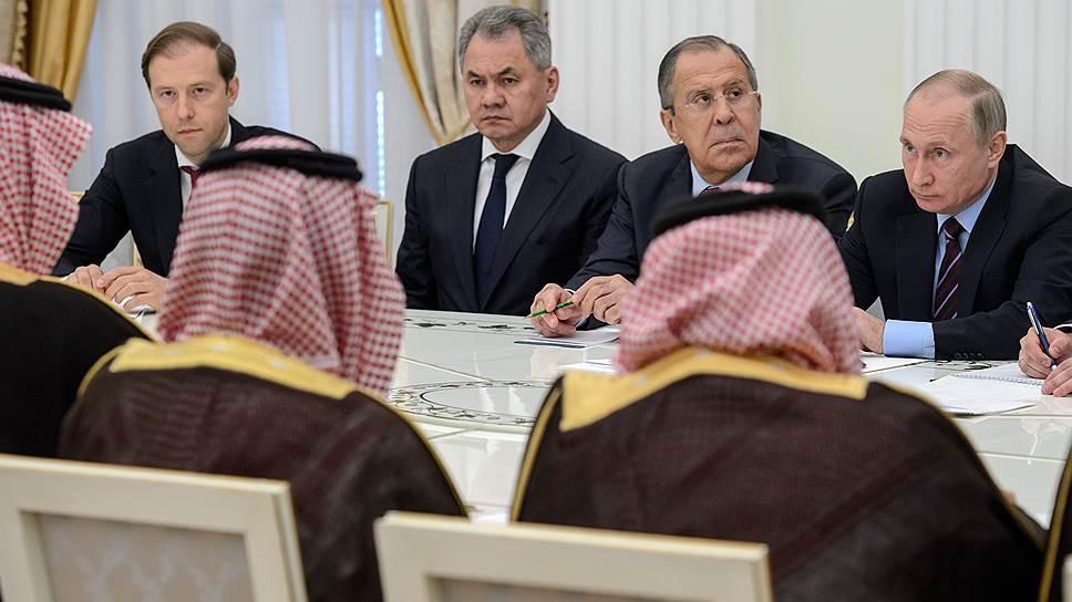 Наследного принца Саудовской Аравии Владимир Путин принял во главе внушительной делегации