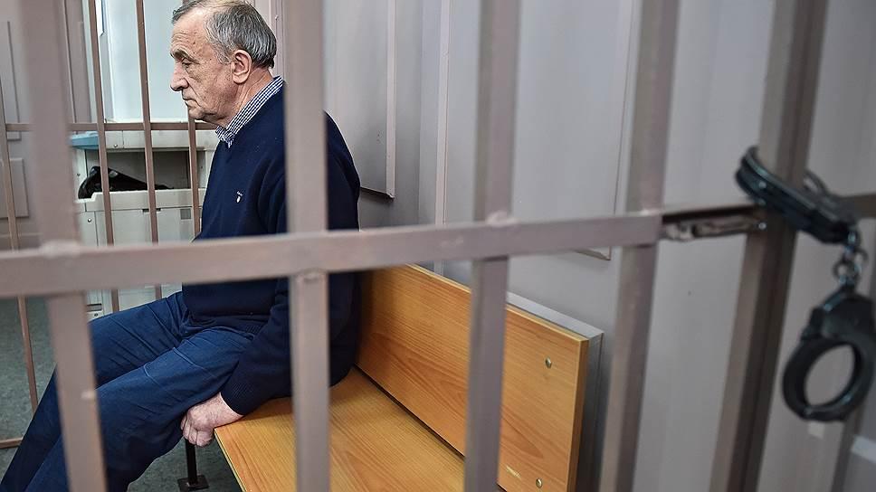 Почему срок ареста Александра Соловьева продлен до сентября