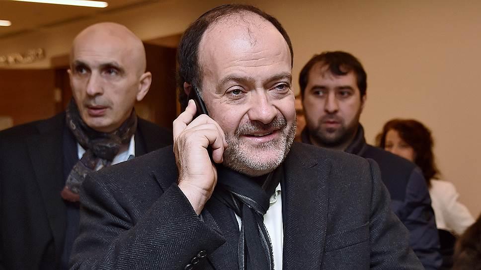 Владелец сети Azimut Hotels Александр Клячин готов платить вдвое больше за аренду «Полярной звезды»