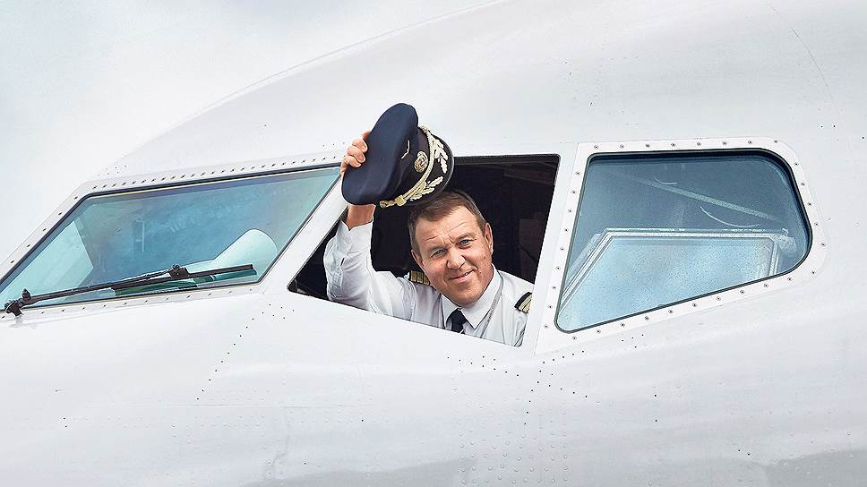 После девальвации рубля российские летчики все чаще выбирают зарплаты в юанях