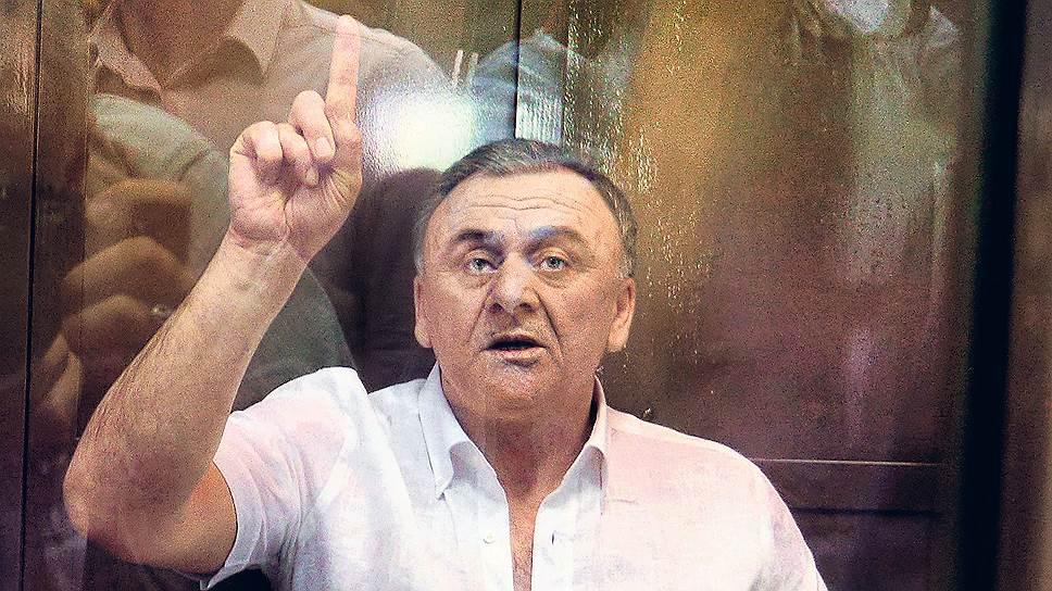 Смерть Лом-Али Гайтукаева (на фото) может оборвать нить, связывающую исполнителей громких преступлений с их заказчиками
