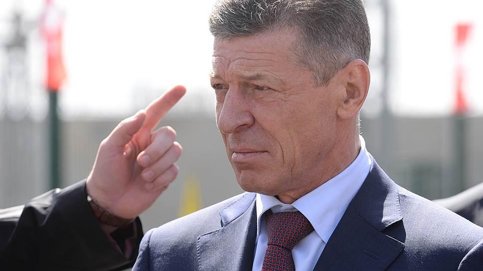 Рука рынка помогла вице-премьеру Дмитрию Козаку смягчить чрезмерно жесткие требования к участию бизнеса в наполнении коммунальной информсистемы