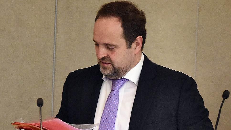 Глава Минприроды Сергей Донской проработал обоснование идеи повышения экологического сбора с бизнеса, не выполняющего нормативы утилизации отходов
