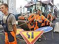 Экскаваторы не могут разрыть спрос // Плановое строительство дорог расходится с фактическим