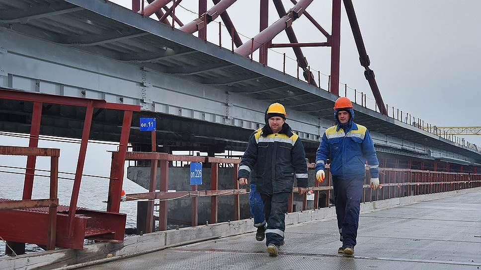 Какая пропускная способность должна быть обеспечена на подъездах к Крымскому мосту