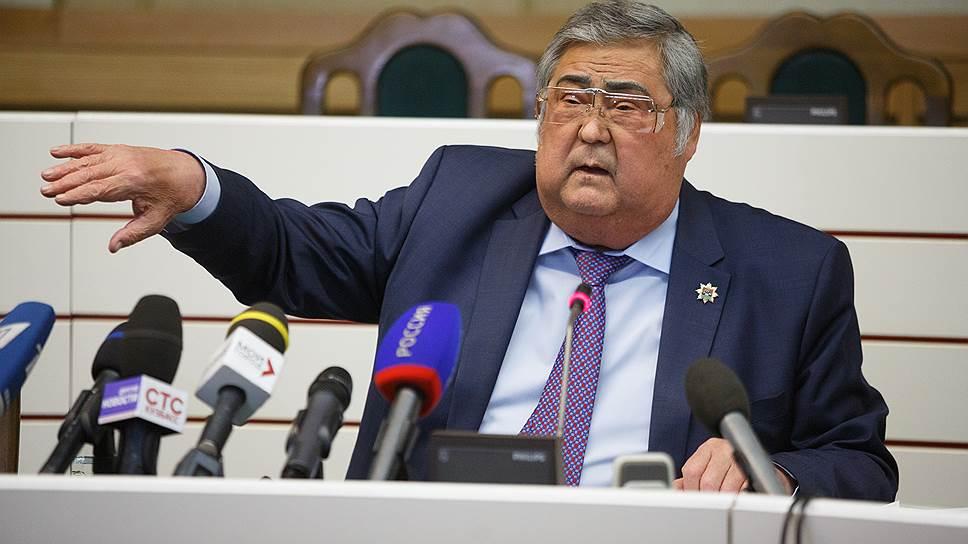 Как Кузбассу примеряют кандидатов в губернаторы