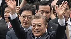 Южная Корея вызывает военных Северной на мирные переговоры