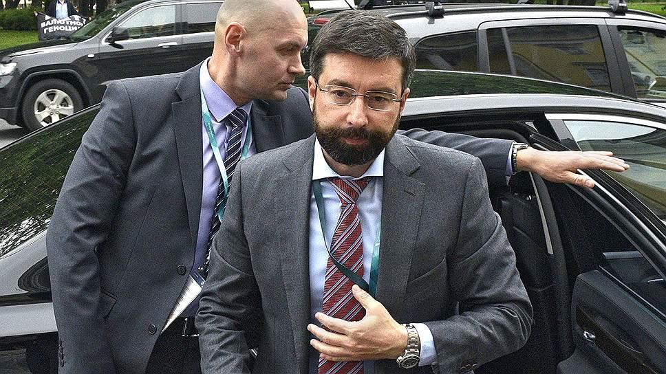 АСВ начало выплаты клиентам банка «Югра»