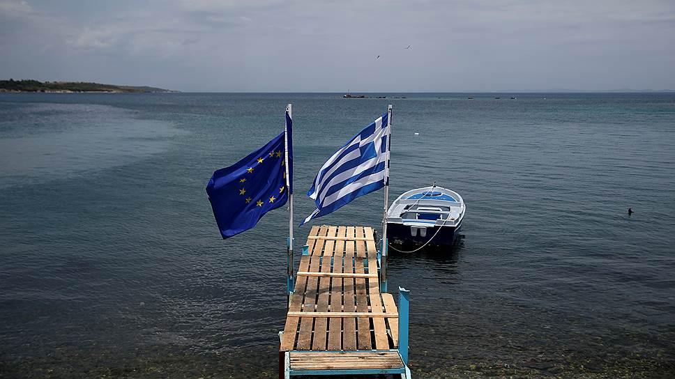 На каких условиях МВФ согласился помочь Греции