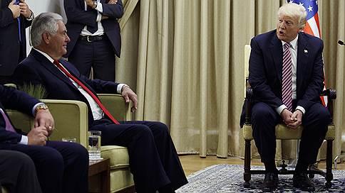 Дональд Трамп стал чужим среди своих // Президент США вступил в конфликт с собственной командой