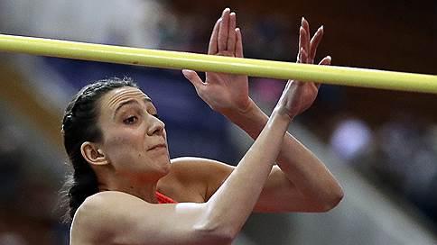 Легкая атлетика пришла в нейтральную форму // К участию в чемпионате мира допущены 19 российских спортсменов