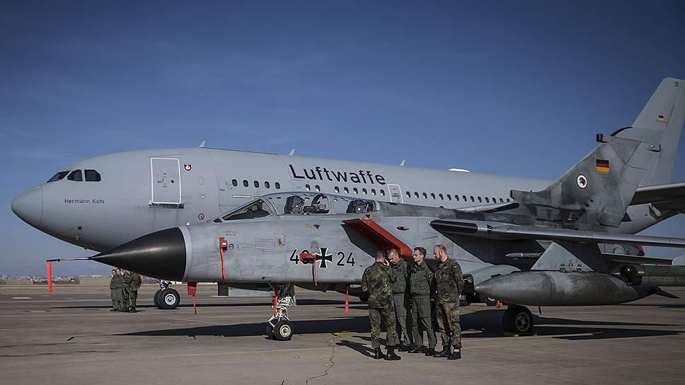 Вмешательство НАТО может заставить Анкару разрешить немецким депутатам посетить контингент бундесвера в Турции