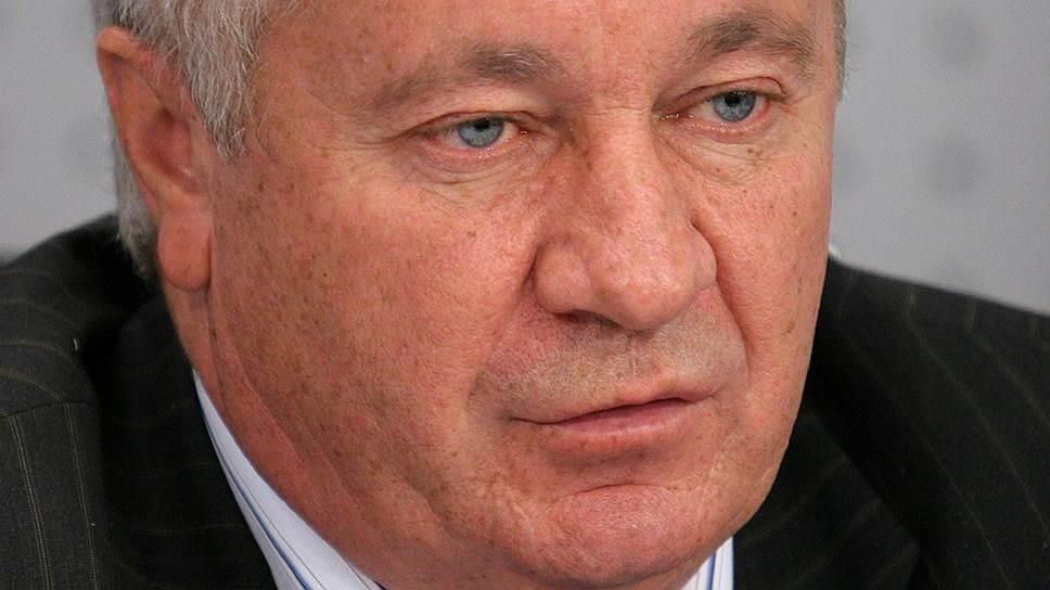 Экологи связывают увольнение Николая Пеньковского (на фото) с появлением новых видов на нацпарк