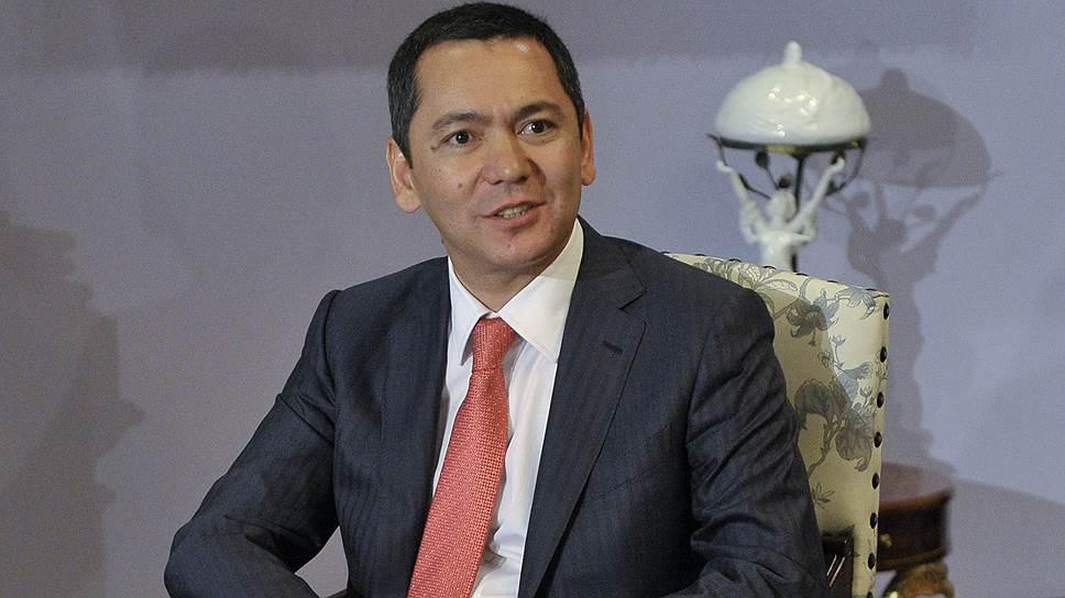 Как Алмазбек Атамбаев выбрал второго кандидата в преемники