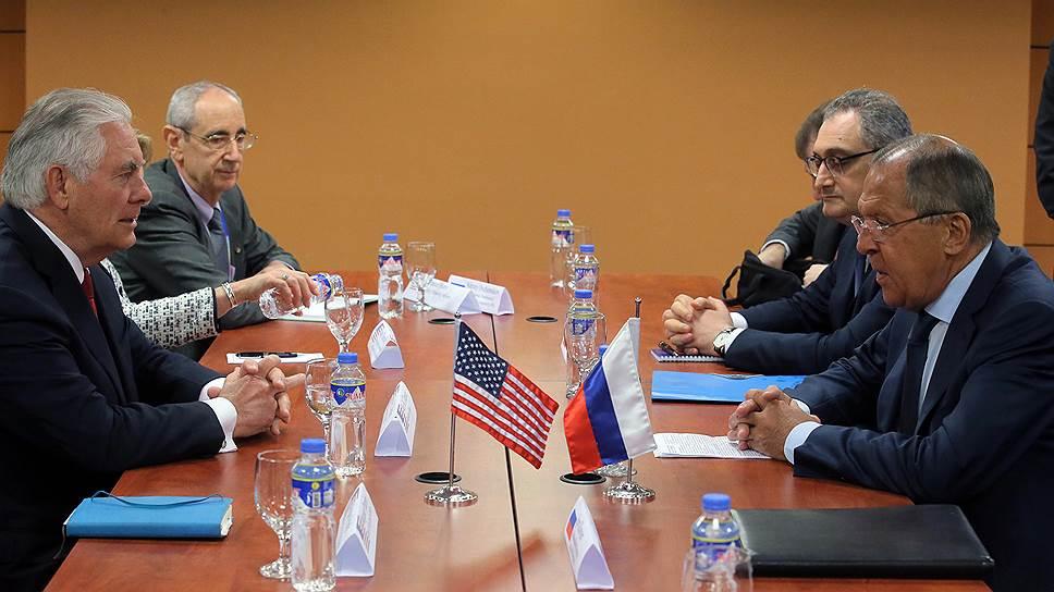 Как Сергей Лавров и Рекс Тиллерсон обсудили санкции против Москвы и Пхеньяна