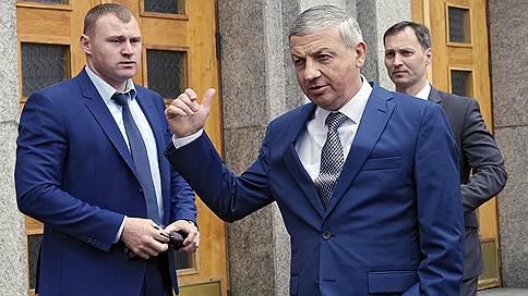 Главу Северной Осетии предупредили о неполном бюджетном соответствии // Минфину не нравится экономическая политика республики