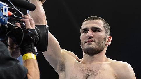Артура Бетербиева ждет бой за Андре Уорда // Российский полутяж может встретиться с самым титулованным бойцом мира