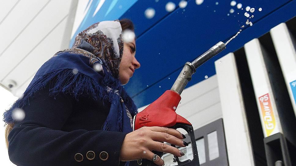 Как оптовые цены на бензин в этом году изменили многолетней динамике