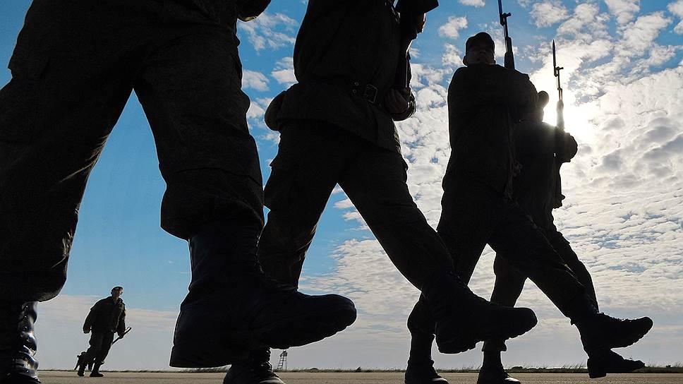 Зачем военнослужащим предлагают служить 25 лет