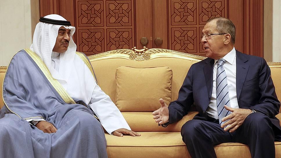 Глава МИД Кувейта шейх Сабах аль-Халед аль-Хамад ас-Сабах и министр иностранных дел РФ Сергей Лавров обсудили кризис вокруг Катара