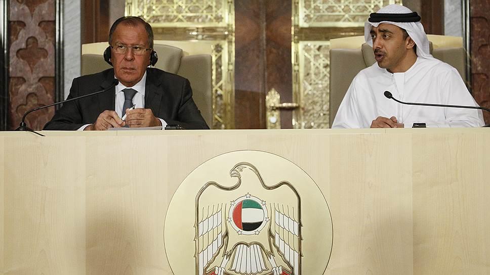 Глава МИД России Сергей Лавров и министр иностранных дел ОАЭ Абдулла бен Зайд ан-Нахайян