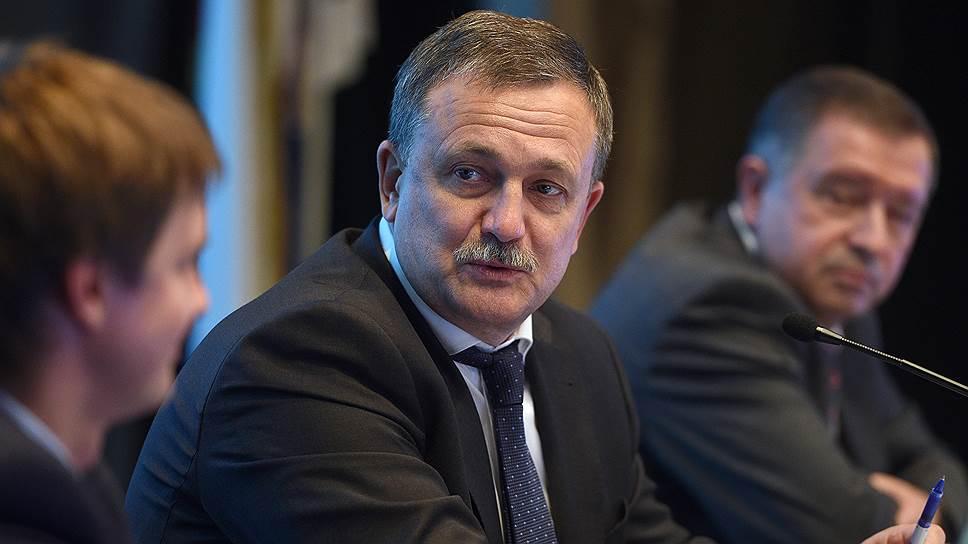 Первый заместитель руководителя ФТС Руслан Давыдов обсудил с бизнесом проблемы и успехи взаимодействия