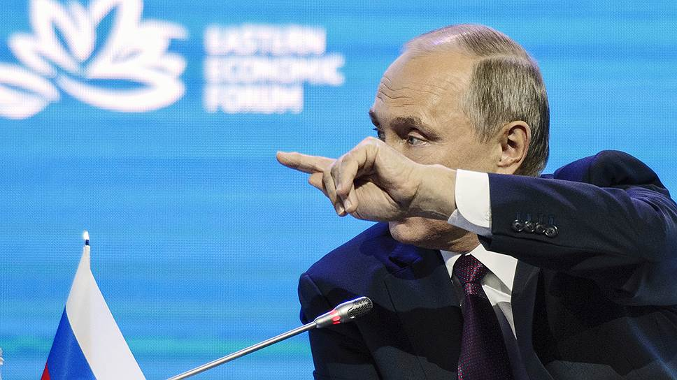 Владимир Путин надеется, что американский госсекретарь Рекс Тиллерсон вернется на правильный путь