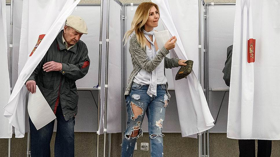 Как Владимир Путин поднимал явку избирателей на своем участке — тем, что сам пришел