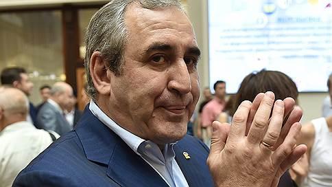 Спикеров заменят к президентской кампании // «Единая Россия» подбирает кадры на посты председателей парламентов
