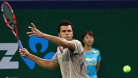 Французы предпочли родному российское // Жо-Вильфрид Тсонга стал главной звездой St.Petersburg Open