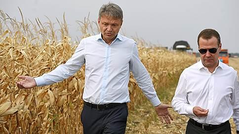 Ликвидация последствий урожая // Дмитрий Медведев в Адыгее подвел итоги полевых работ