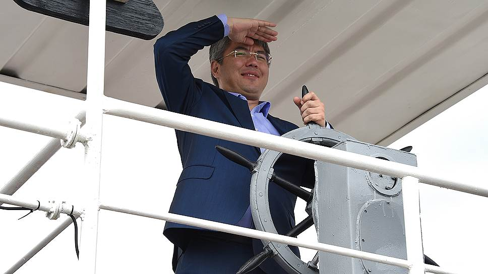Глава Бурятии Алексей Цыденов почти сформировал команду для работы на посту губернатора