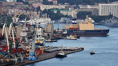 Портам обещают валютную отсрочку // Перевод тарифов в рубли явно затянется