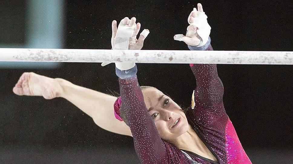 По мнению специалистов, 16-летняя Елена Еремина в случае усложнения своих программ может стать лидером мировой спортивной гимнастики