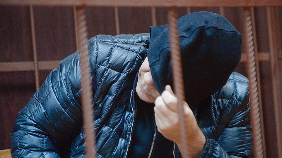 Суд не пустил Александра Есина к теще, отправив его в СИЗО