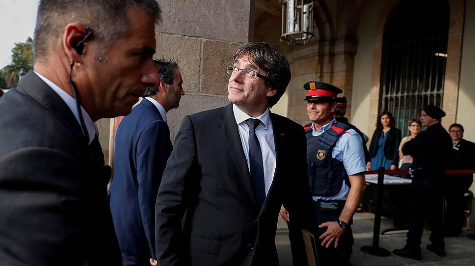 Почему Каталония не решилась объявить о выходе из состава Испании