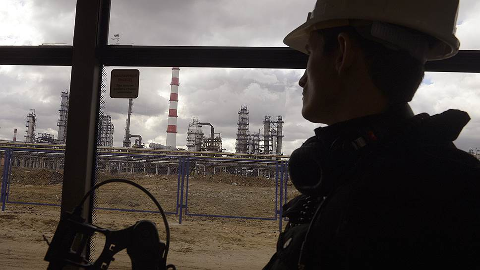В сентябре промышленность подвела добыча нефти, которая сократилась на фоне высоких показателей прошлого года, достигнутых до вступления в силу ограничений ОПЕК