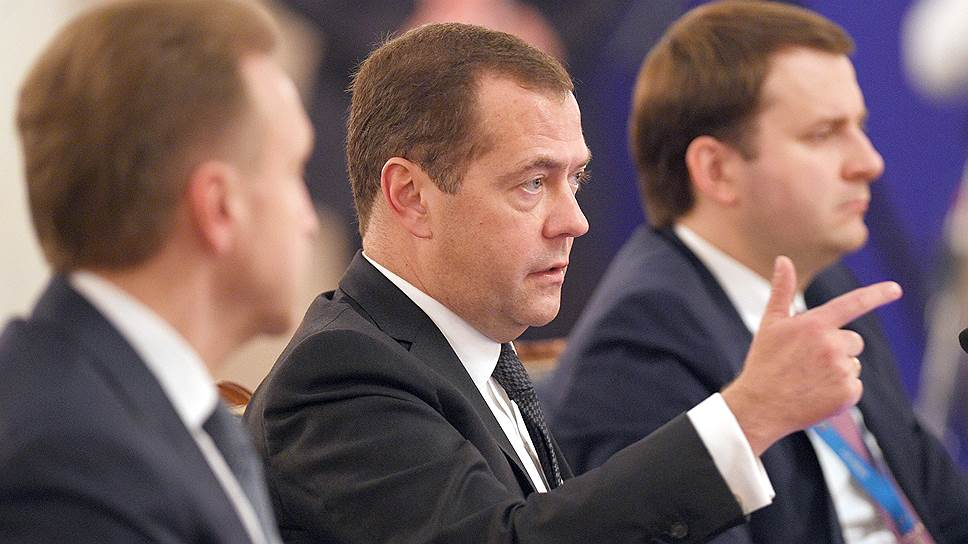На заседании Евразийского межправительственного совета премьер-министр РФ Дмитрий Медведев рекомендовал партнерам по союзу не сводить повестку ЕАЭС к энергетическим вопросам