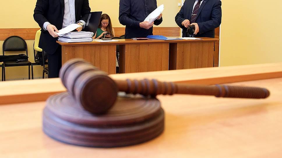 Почему адвокаты сразу в нескольких регионах России начали забастовки