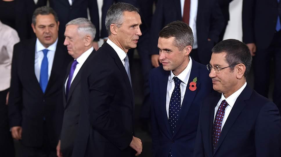 Зачем НАТО усиливает свое присутствие в Европе